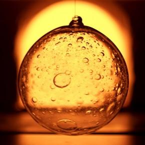 Шары с пузырями в стекле