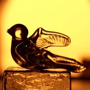 Птица стеклянная